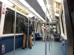 """""""Tren"""" que lleva a algunas de las puertas de embarque del terminal 4"""