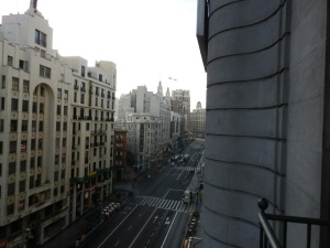 Vista do quarto - Gran Vía sentido Plaza de Cibeles