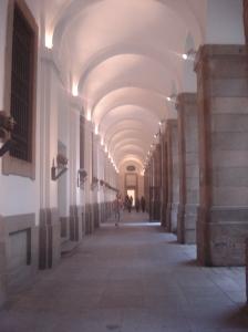 Nos corredores do Reina Sofía