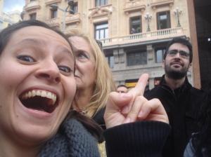 """Felicidade total ao """"encontrar"""" Pedro Almodóvar em Callao (olha ele ali na janela!)"""