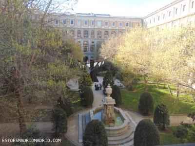 O charmoso jardim do Reino Sofía
