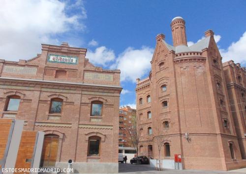 A belíssima Biblioteca Regional onde funcionava a fábrica de cerveja El Águila